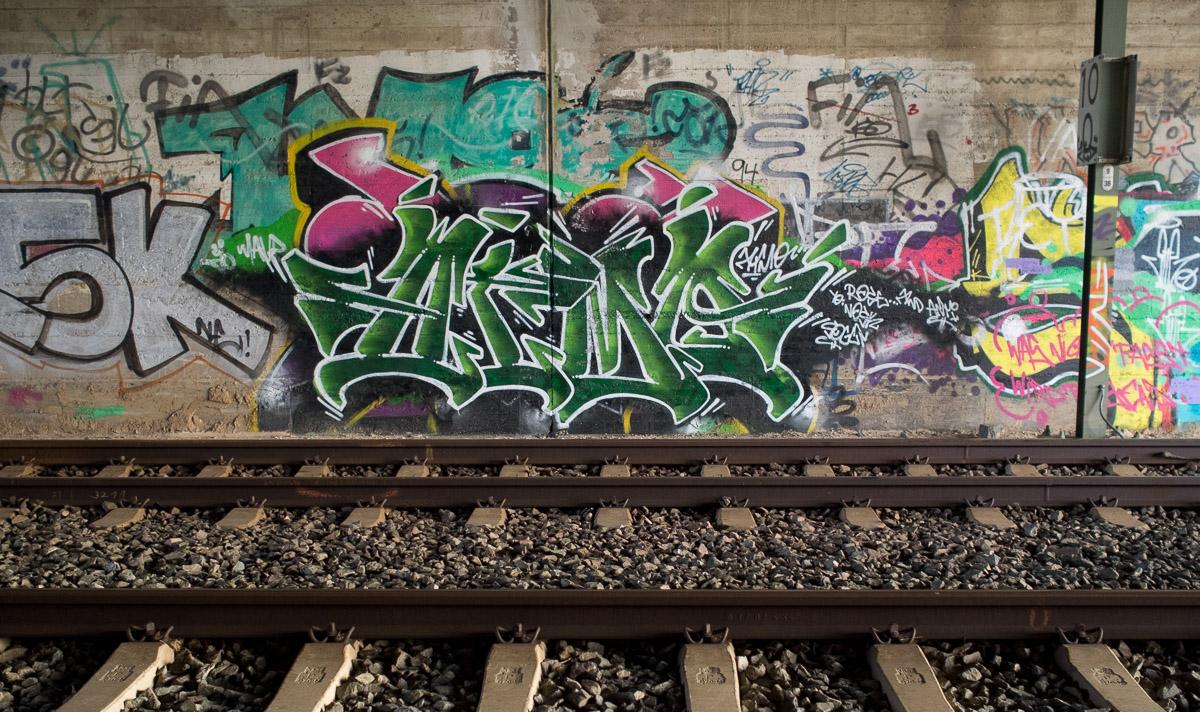2014-04-05 EM1 Graffiti Rodgau 0005