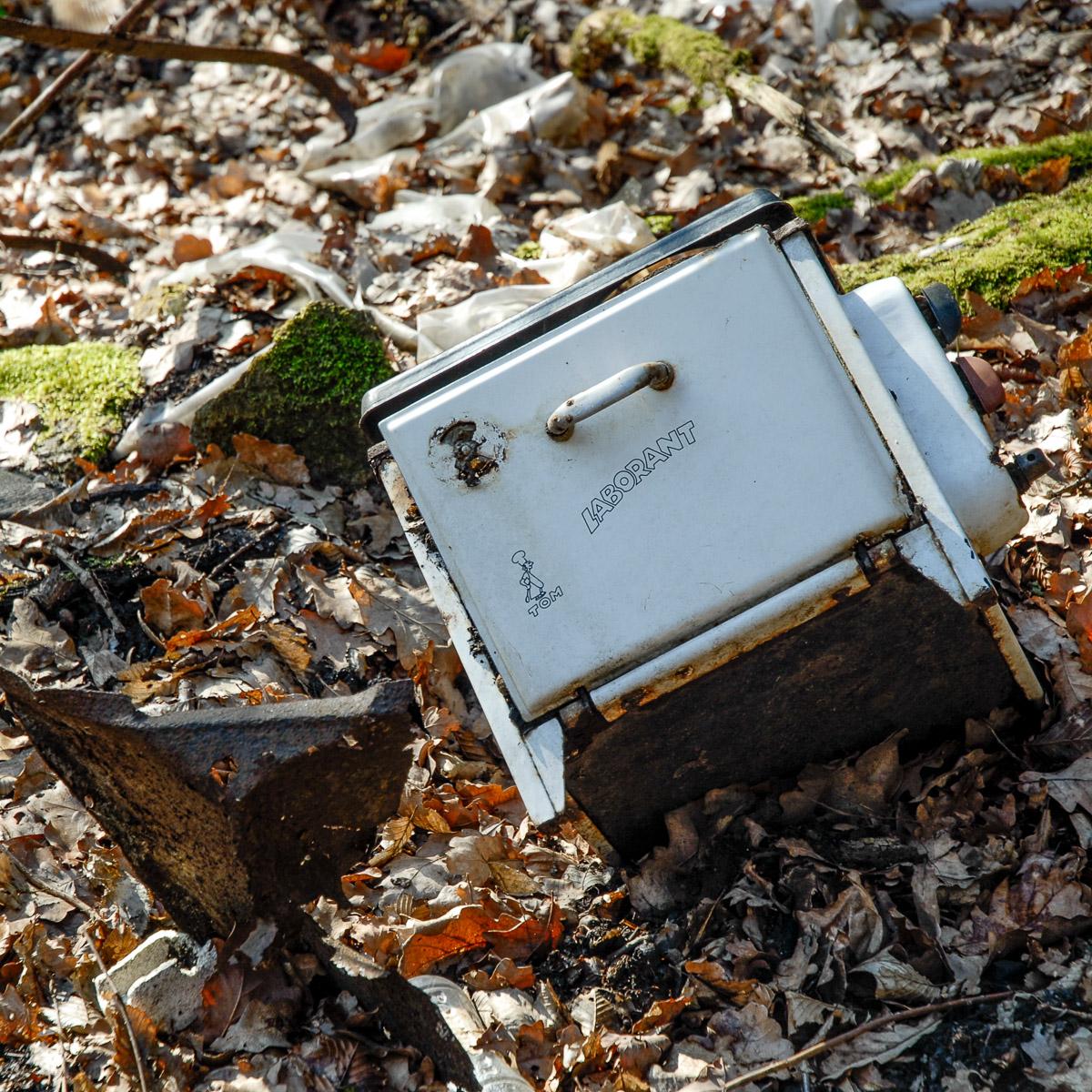 2008-02-25 D200 Wächtersbach Wald Abrisshaus 012